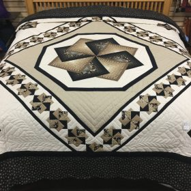 Spin Star Quilt-King-Family Farm Handcrafts