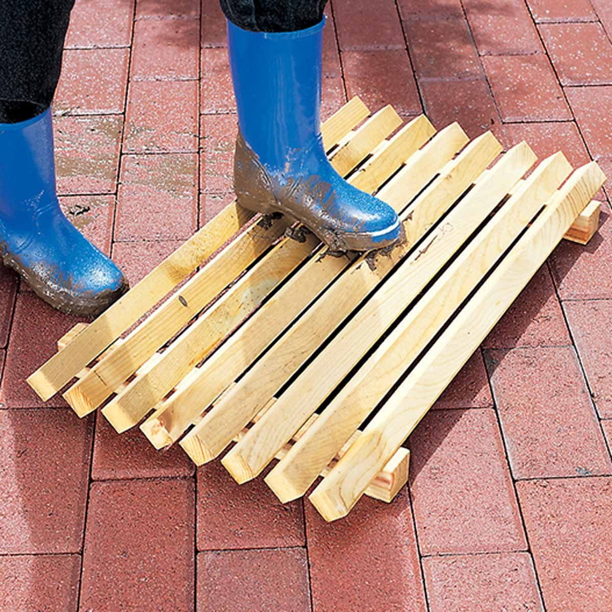 19 Surprisingly Easy Woodworking Projects for Beginners ... on Cool Small Woodworking Projects  id=72675