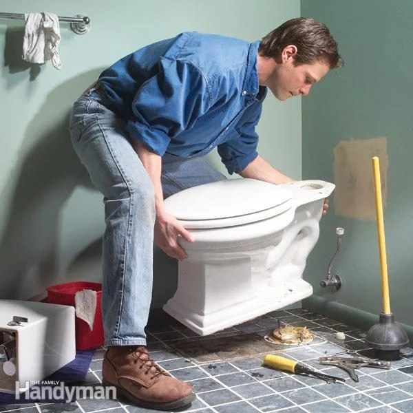 How To Repair A Leaking Toilet Family Handyman The