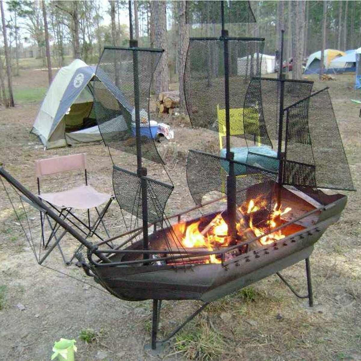 12 Great Backyard Fire Pit Ideas | The Family Handyman on Fire Pit Design  id=86298