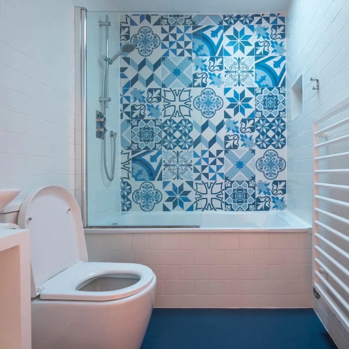 10 Genius Small Master Bathroom Ideas that WOW!   Family ... on Small Space Small Bathroom Ideas Uk id=81894