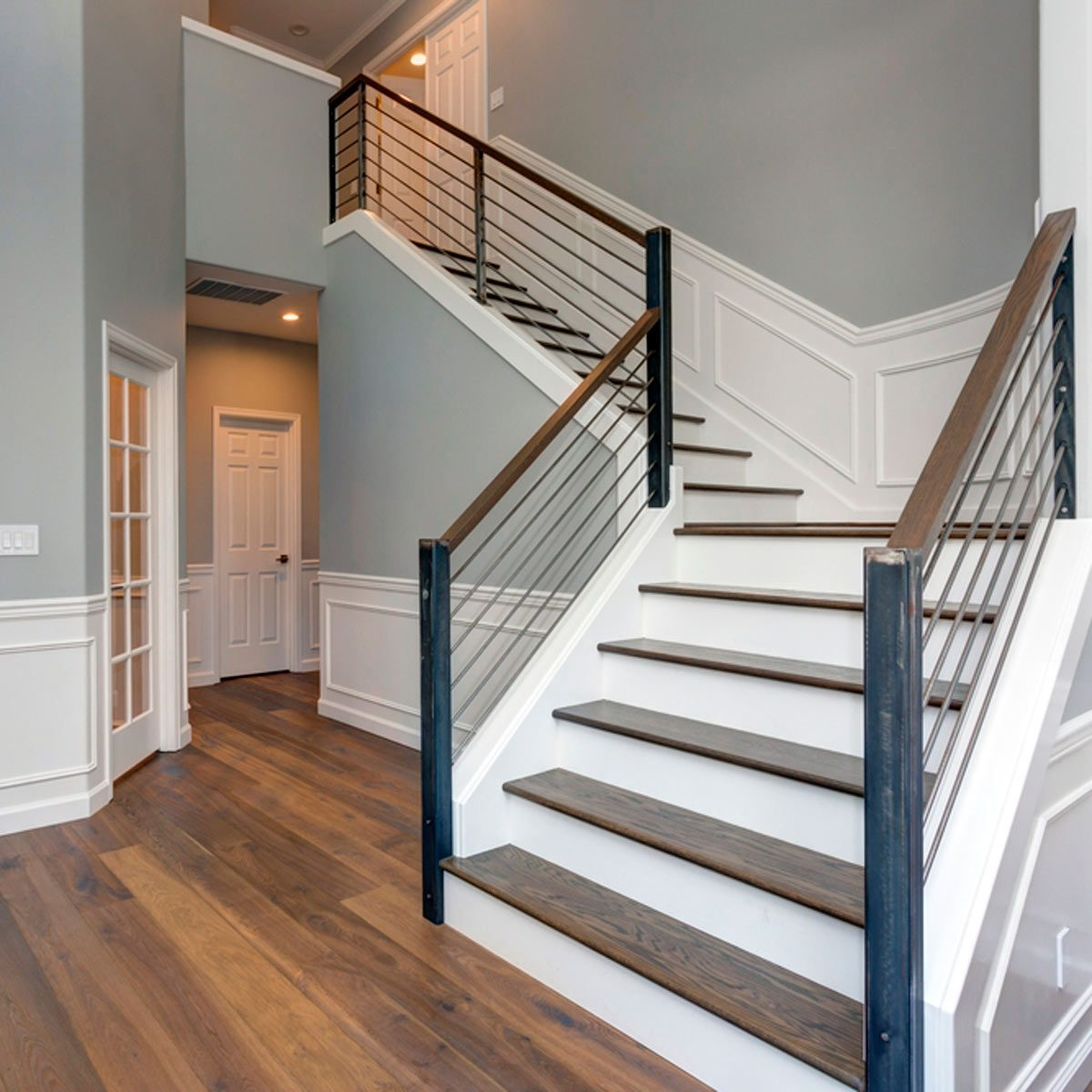 10 Ways To Freshen Up Outdated Banisters Family Handyman | Black Horizontal Stair Railing | Room | Split Entry | Steel | Modern | Metal