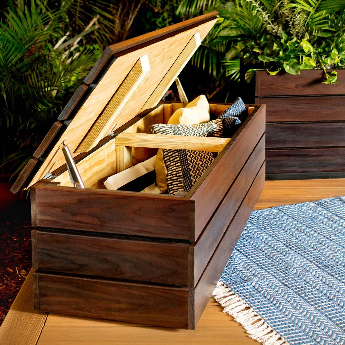 to build an outdoor storage bench diy