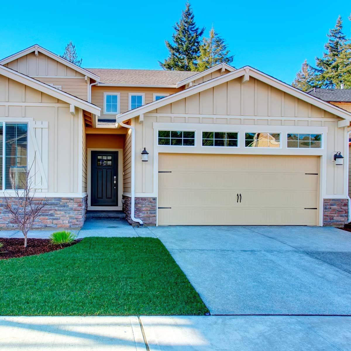 Garage Door Paint Ideas | Family Handyman on Choosing Garage Door Paint Colors  id=54001