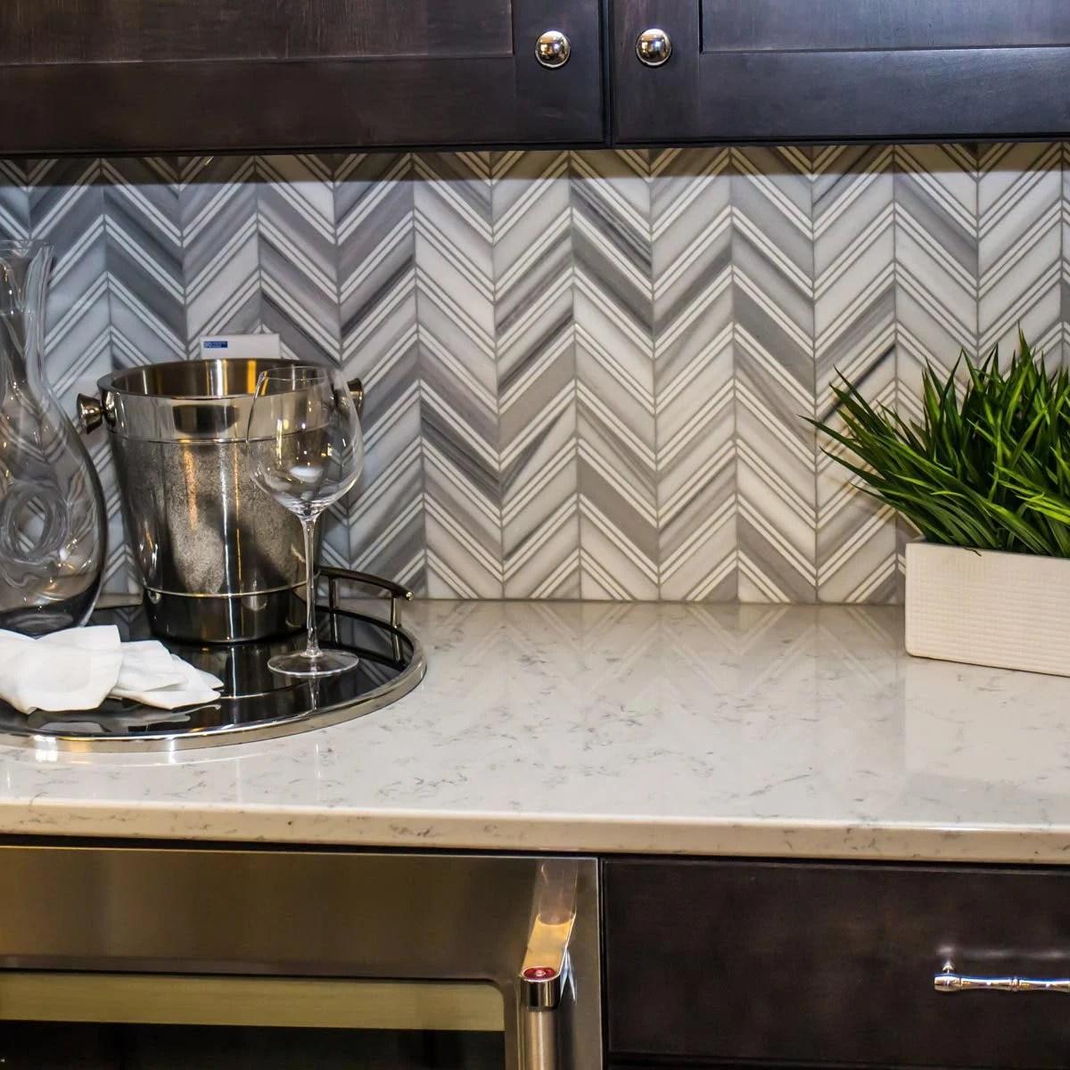 Best Kitchen Backsplash Ideas For Dark Cabinets | Family ... on Backsplash For Dark Countertops  id=28415