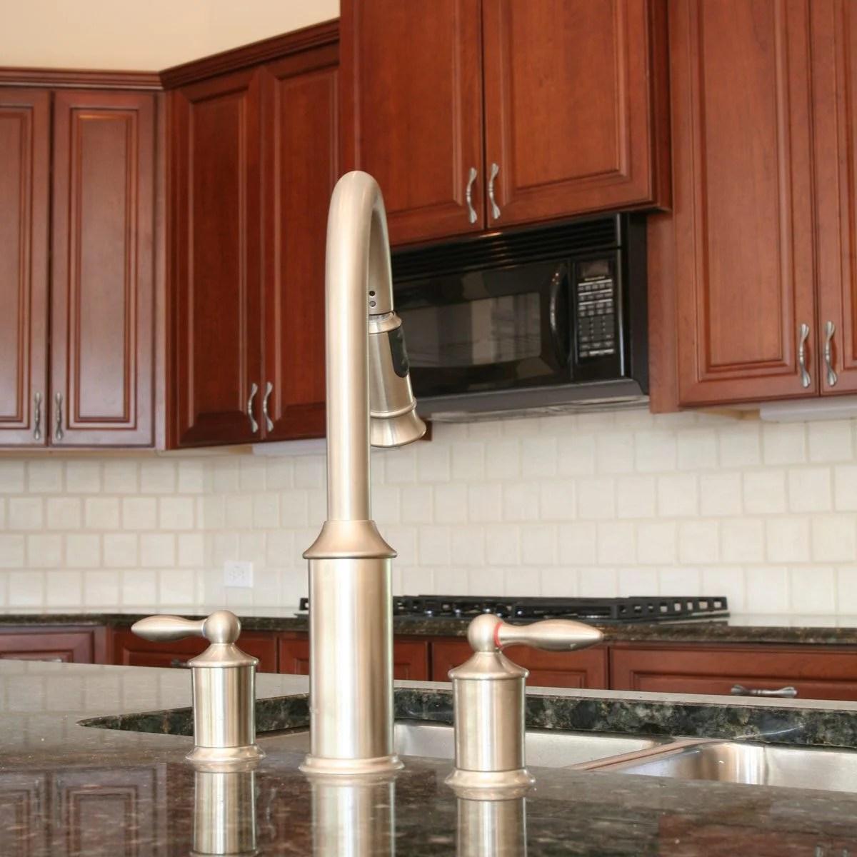 Best Kitchen Backsplash Ideas For Dark Cabinets | Family ... on Backsplash Ideas For Black Granite Countertops And Cherry Cabinets  id=40026