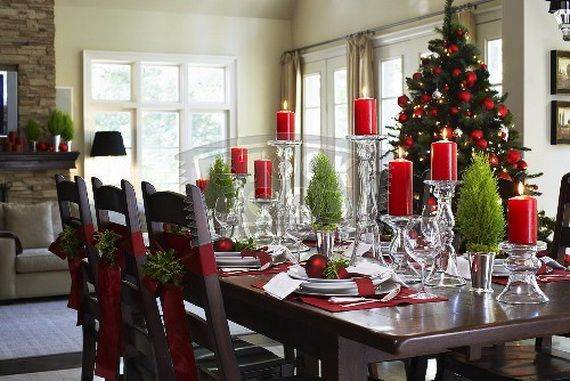 Easy And Elegant Christmas Candle Decorating Ideas 41