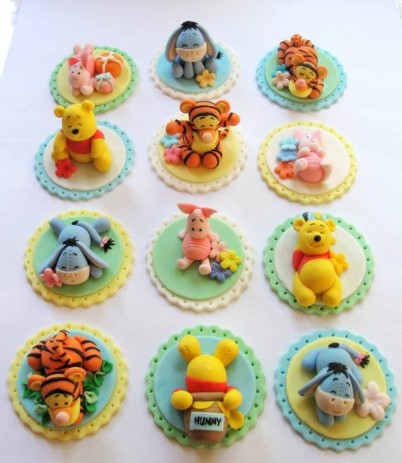 Winnie The Pooh Cake And Cupcakes Decorating Ideas