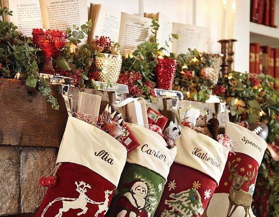 Gorgeous Fireplace Mantel Christmas Decoration Ideas 10