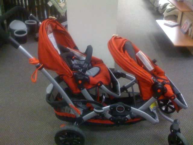 Tandem strollers for your needs