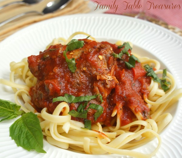 Crockpot Chicken Cacciatore {with Red Wine}
