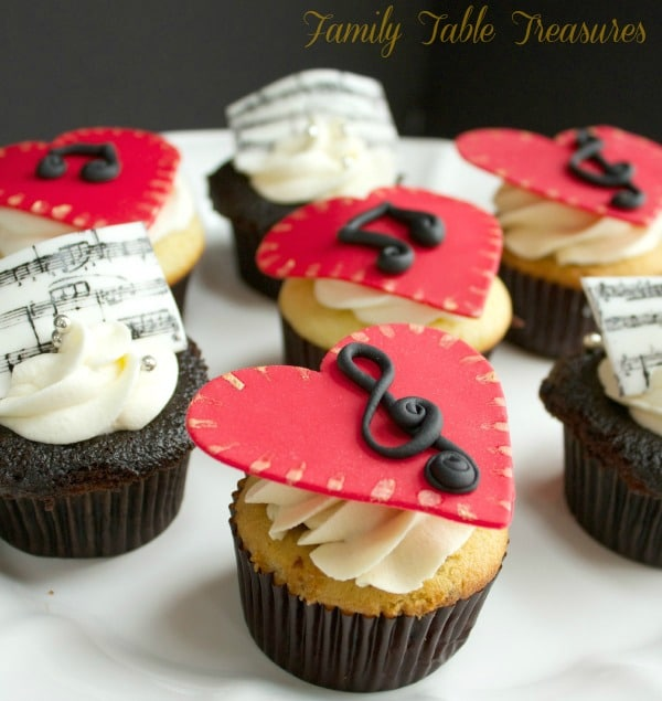 Homemade Vanilla Cupcakes {for a Spectacular Operatic Performance}