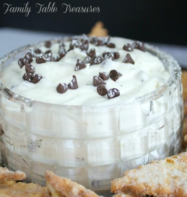 Creamy Cannoli Dip