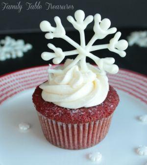 Easy Christmas Cupcake Decorations