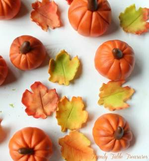 How to make Fondant Pumpkin Cupcake Toppers