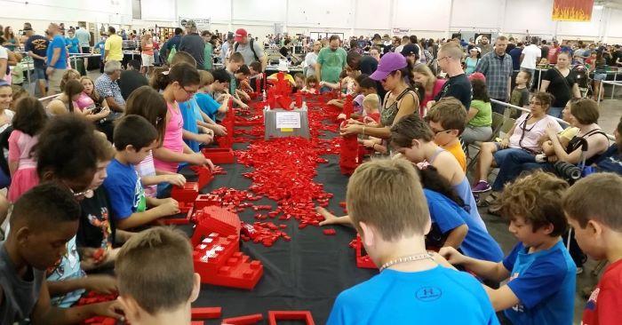 Brickworld Indy 2021  – LEGO® Fan Exposition