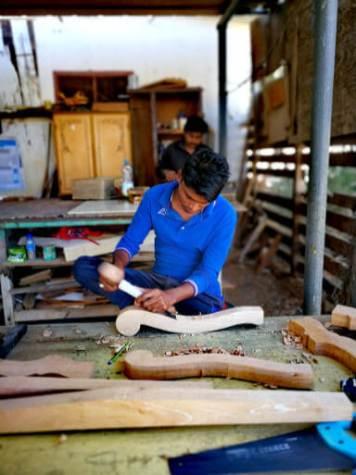 Locall handy crafts in Sur