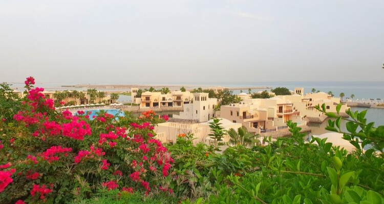 RAK - The Cove Rotana beautiful garden setting