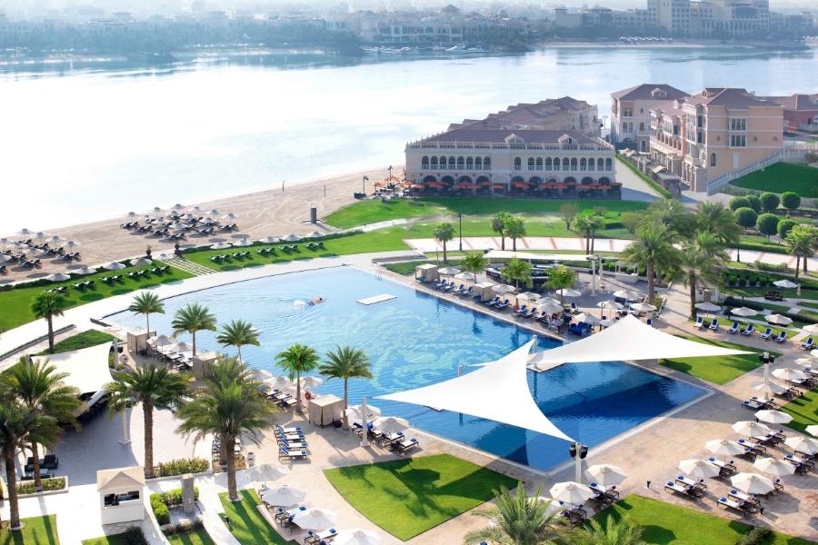 Ritz Abu Dhabi Pool