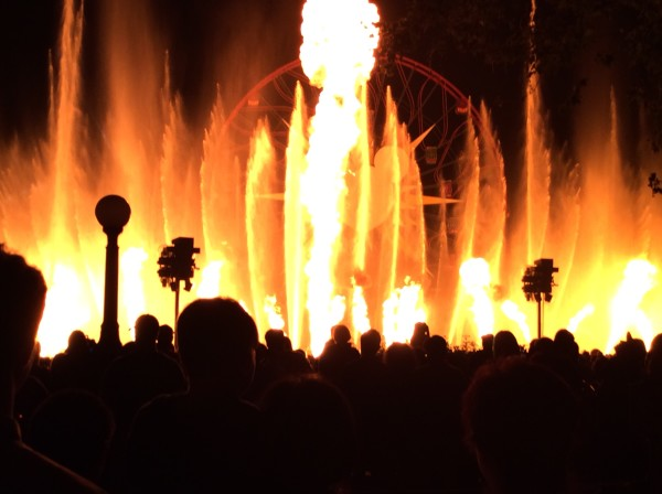 fire in the show at disneyland