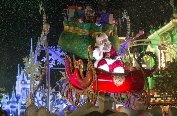 santa clause at mickey's very merry christmas party