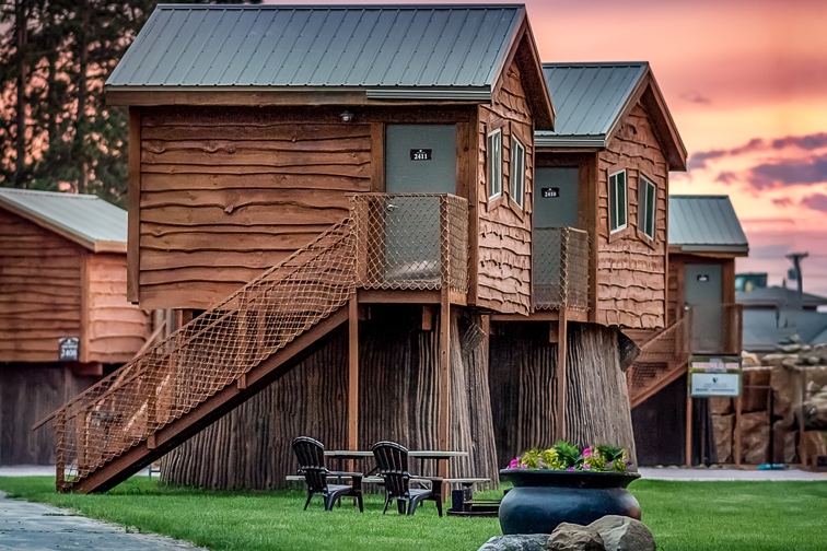 American Resort & Treehouses; Courtesy of Wisconsin Dells CVB