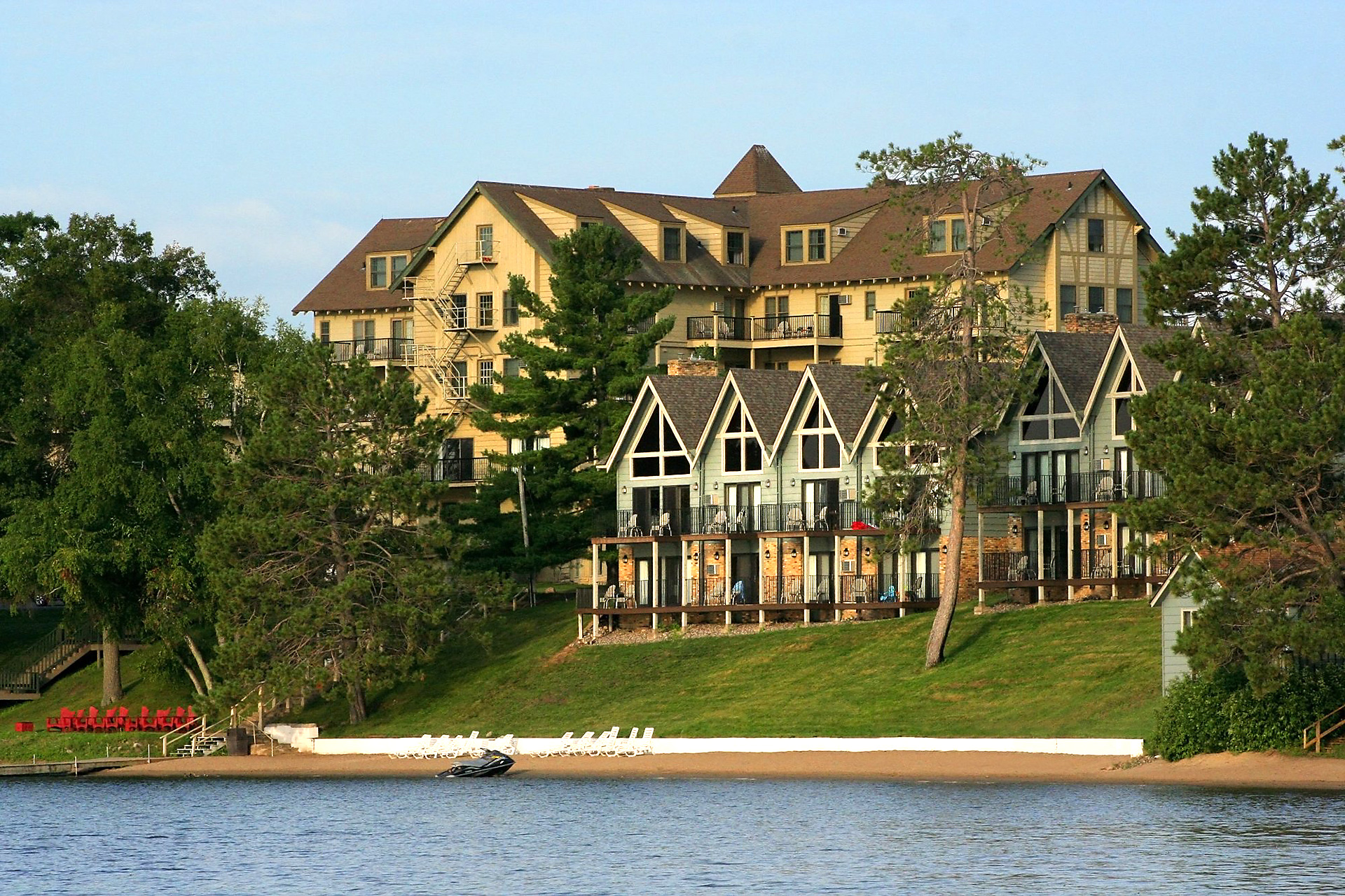 Sunrise Villas at Madden's on Gull Lake; Courtesy of Madden's on Gull Lake