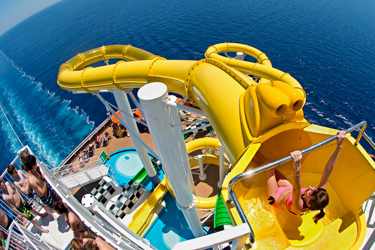 Carnival Sunshine waterslide; Courtesy of Carnival