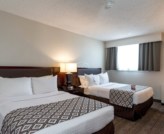 Crowne Plaza Denver Airport Convention Ctr Denver Co What To Know Before You Bring Your Family