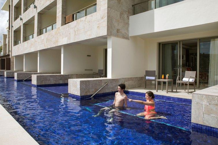 Swim-Out Suite at Royalton Bavaro; Courtesy of Royalton Bavaro Resort & Spa