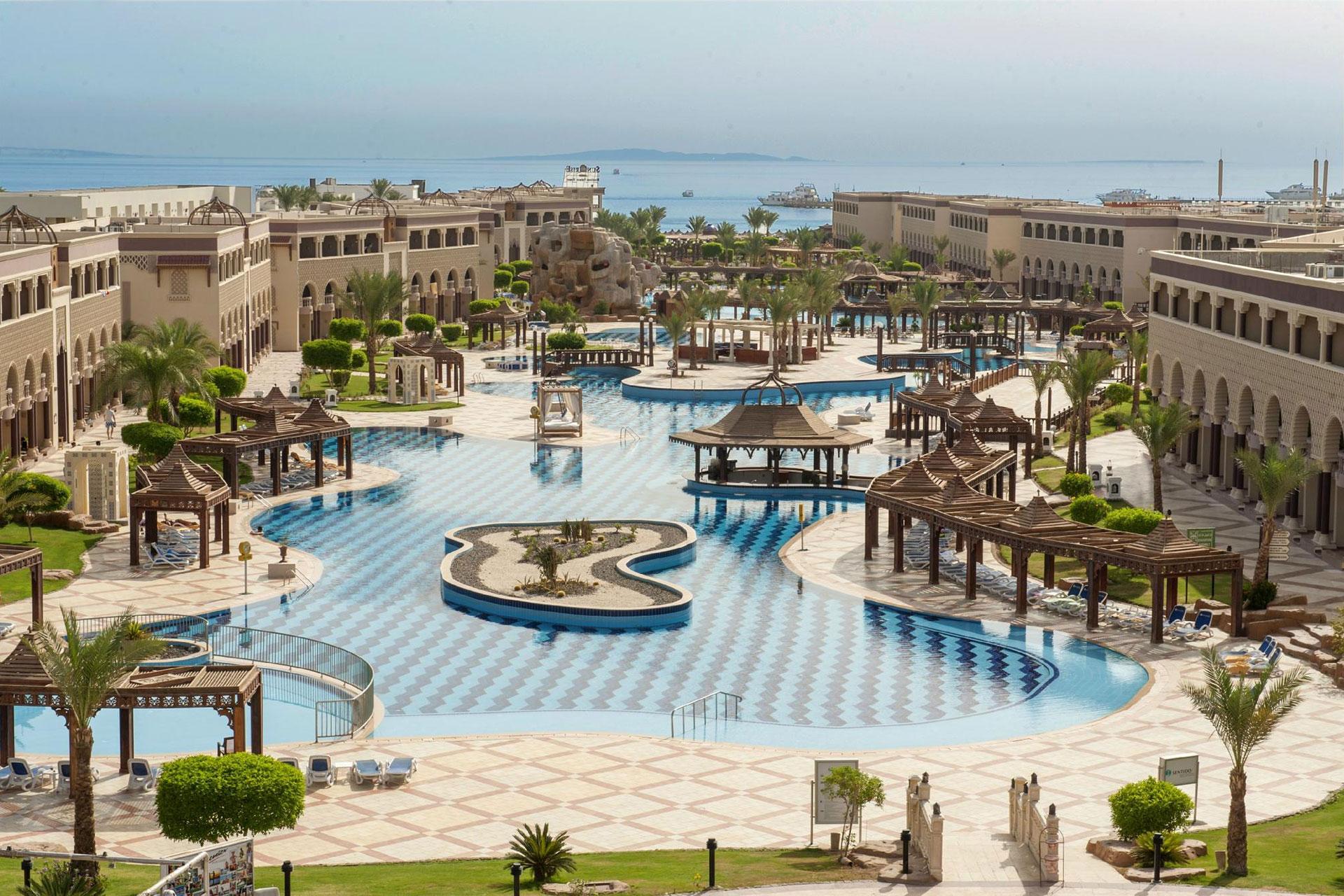 Sentido Mamlouk Palace Resort; Courtesy of Sentido Mamlouk Palace Resort