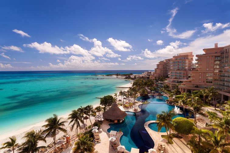 Grand Fiesta American Coral Beach Cancun; Courtesy of Grand Fiesta American Coral Beach Cancun