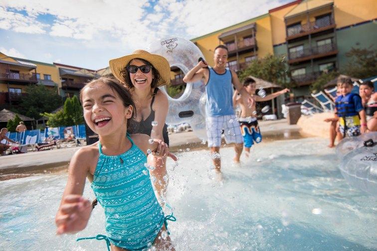 Outdoor Water Park at Kalahari Resort in Wisconsin Dells; Courtesy of Wisconsin Dells Visitor & Convention Bureau