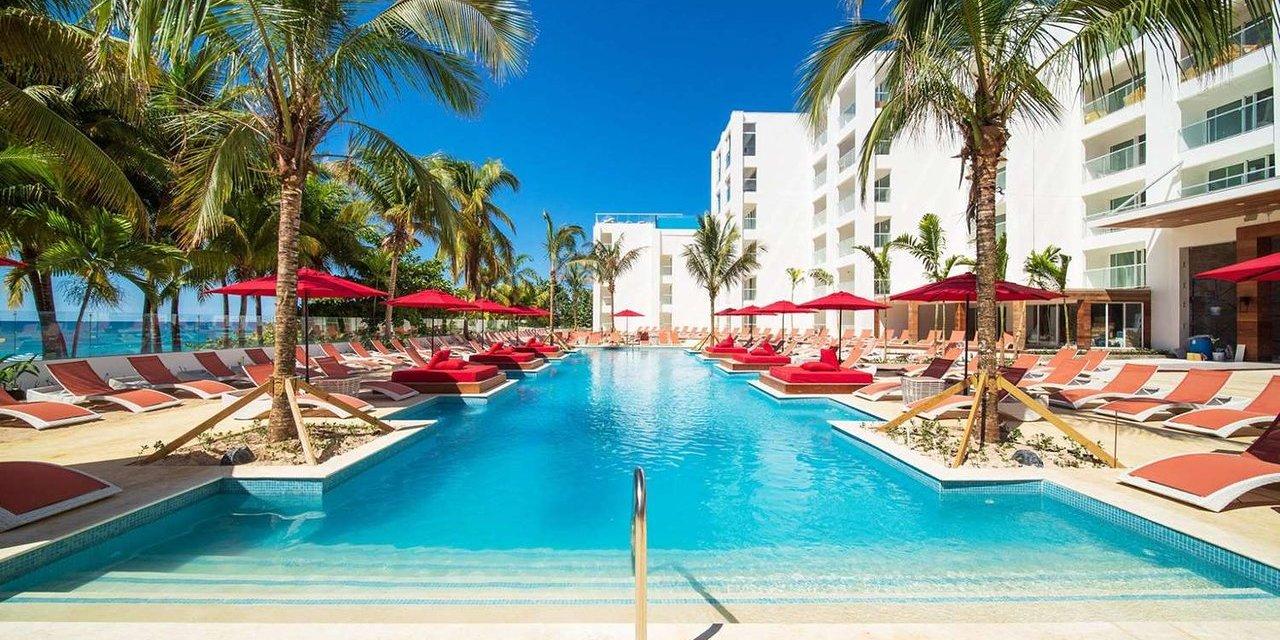 Pool at S Hotel Jamaica; Courtesy of S Hotel Jamaica