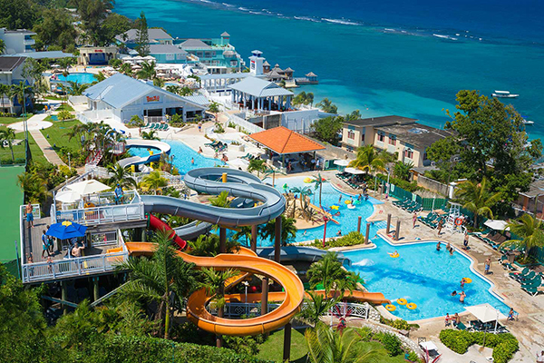 Your Guide to Beaches Resorts | Family Vacation Critic