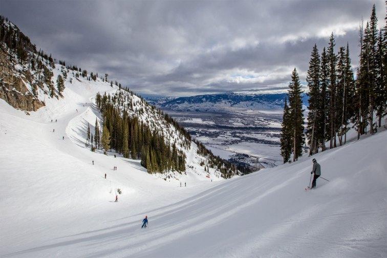 Jackson Hole WY Ski; Courtesy of CSNafzger/Shutterstock.com