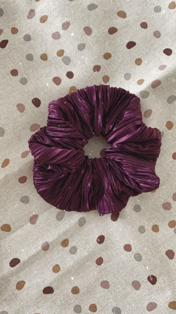 Scrunchie: aubergine plissé