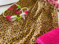 Zwemtasje luipaard okergeel roze