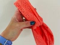 Haarband koraal roze broderie
