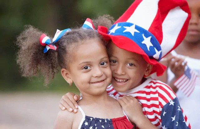 https://i1.wp.com/www.famlii.com/wp-content/uploads/2014/07/African-American-Siblings-Hugging-at-fourth-of-july.jpg