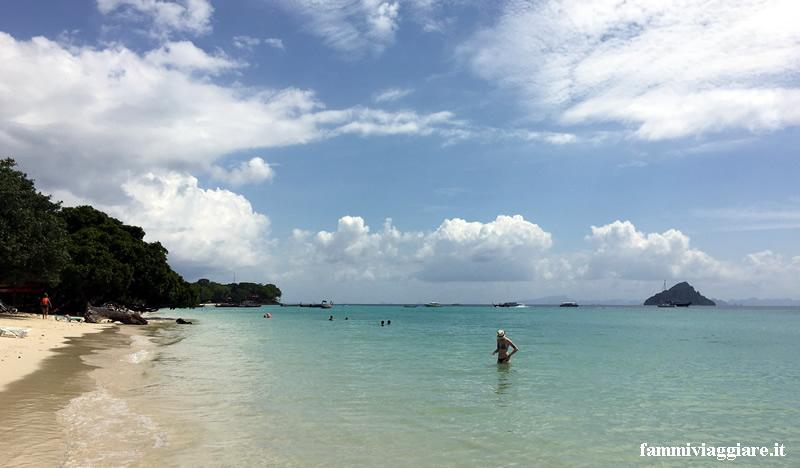 Phi Phi Island spiaggia Holiday Inn