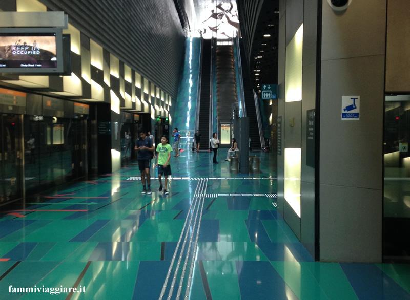 Cosa NON fare a Singapore Metropolitana