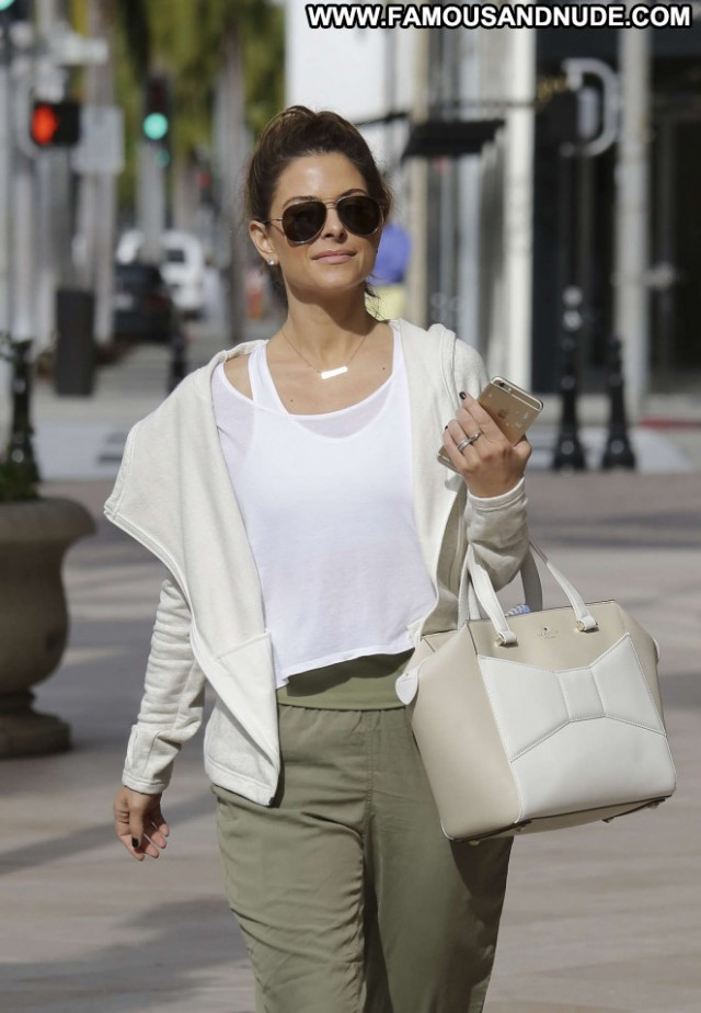 Maria Menounos Beverly Hills Paparazzi Shopping Beautiful Posing Hot