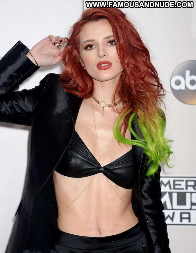 Bella Thorne American Music Awards Paparazzi Babe Los Angeles