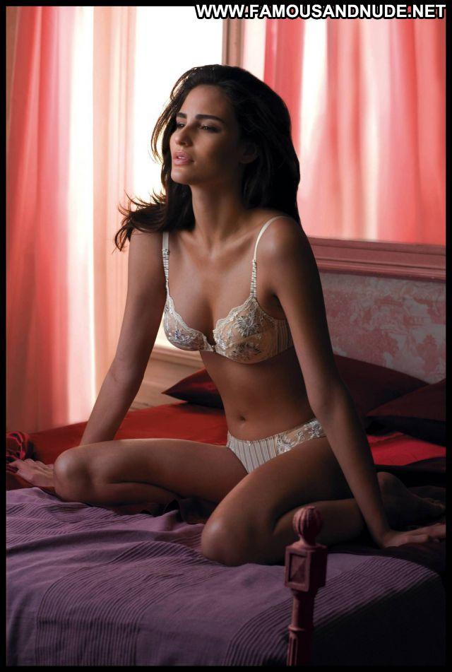 Fernanda Tavares Cute Posing Hot Celebrity Tits Brazil Posing Hot