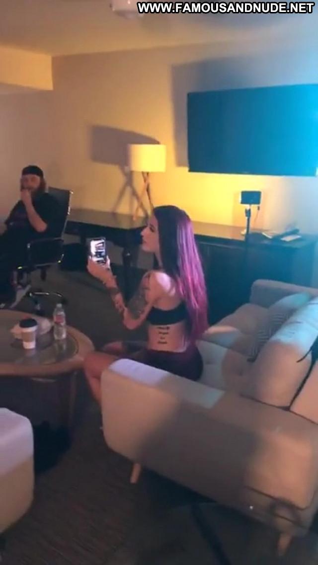 Tana Lea Anna Nicole Posing Hot Bar Car Park Xxx Male Videos Summer
