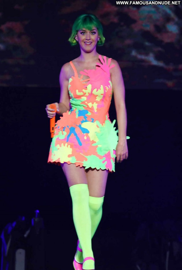 Katy Perry Pictures Celebrity Babe Actress Doll Famous Cute Gorgeous