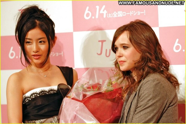 Ellen Page Pictures Teen Celebrity Asian Stunning Babe Beautiful