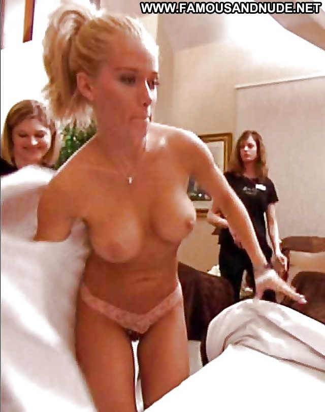 Kendra Wilkinson Pictures Boobs Tits Celebrity