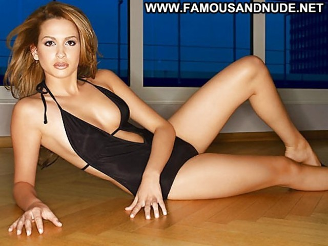 Mandy Grace Capristo Pictures Teen Camel Toe Singer Celebrity